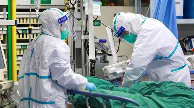 Contagiati 6205 operatori sanitari
